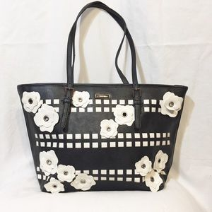 Nine West Ava Large Flower Daisy Petal Purse Tote